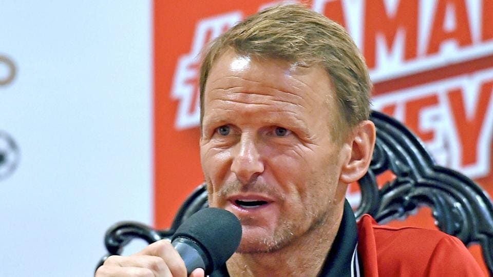 Indian Super League,ISL 2017-18,Teddy Sheringham