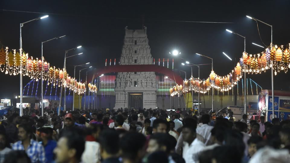 The road in front of the Mahalingeshwara temple is decorated with lights during the Kambala buffalo race. The entire area turns into a fair with lit up roads, food stalls selling local delicacies and enthusiasts betting on the races. (Arijit Sen/HT Photo)