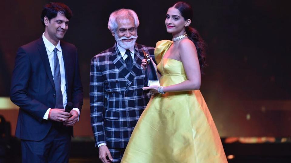 "Sonam Kapoor was given the Global Style Icon award. ""My fashion superpower is laughing at myself and being myself,"" she said in her speech. (ht photo)"
