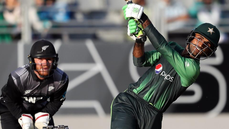 Fakhar Zaman's 28-ball 50 guided Pakistan to a 48-run win over New Zealand in the second T20 in Auckland.