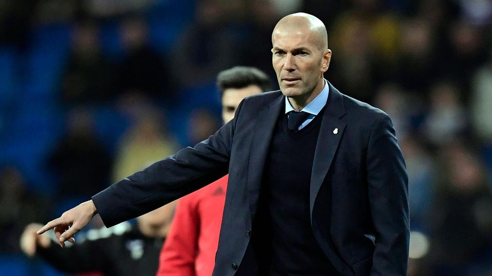 Zinedine Zidane faces the boot — Real Madrid