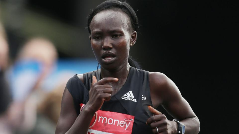 Kenya's Mary Keitany will run alongside male pacemakers in a bid to break Paula Radcliffe's longstanding women's world record in April's London Marathon, race organisers announced.