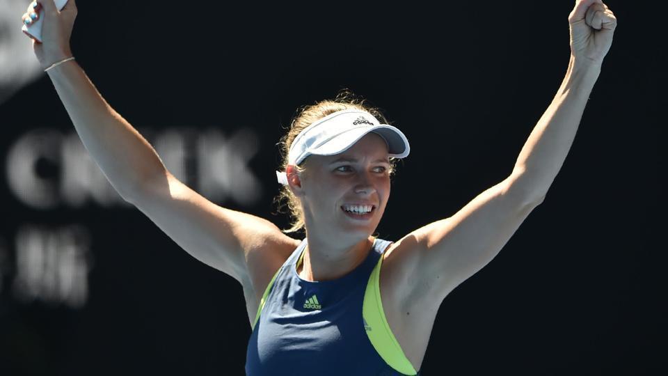 Caroline Wozniacki will take on Simona Halep in the Australia Open tennis final.