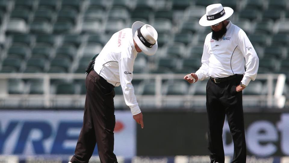 With the batsmen unable to trust the bounce, the umpires had a chat about the same a couple of times.  (BCCI )