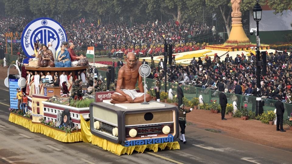 All India Radio's (Akashwani) tableau showcased a journey of more than eight decades of public service. The motto of AIR 'Bahujan Hitaaya Bahujan Sukhaaya' was displayed on the rear. (Ajay Aggarwal / HT Photo)