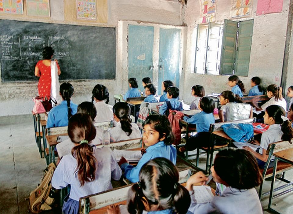 The South Delhi Municipal Corporation has introduced foreign languages in its primary schools to improve the quality of education and bring them at par with private English-medium schools in the city.