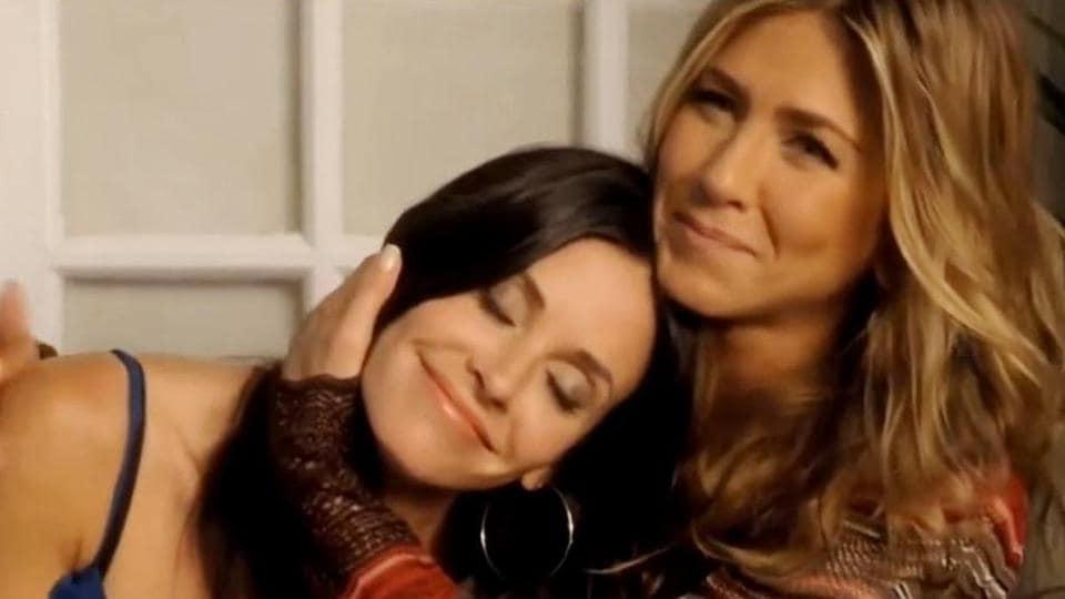 FRIENDS,FRIENDS movie trailer,Lisa Kudrow