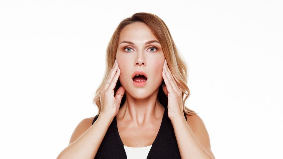 How to get a chiselled face,How to reduce your face fat,How to get rid of a double chin