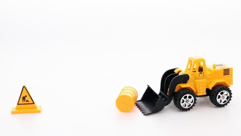 Plastic toys,Second hand toys,Dangerous toys