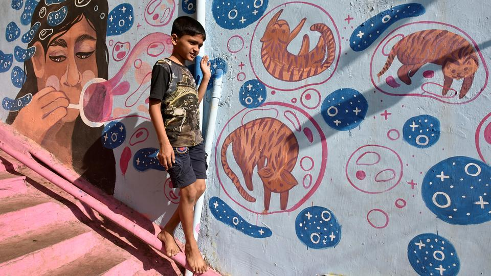 The NGO plans to colour as many slums as possible in Mumbai in the future.  (Kunal Patil/HT Photo)