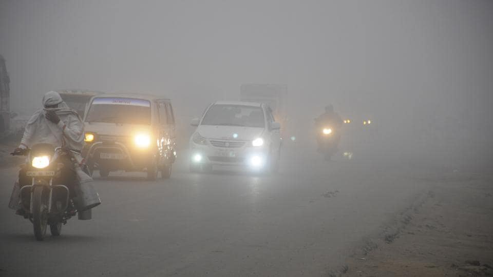 Police,Road accident,Fog
