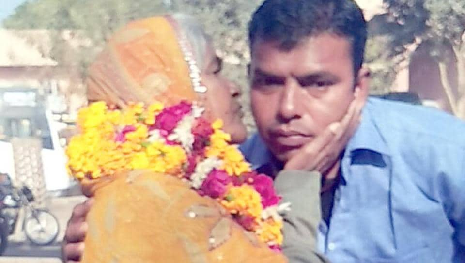Rajasthan news,Dali Bai,mother reunites with son