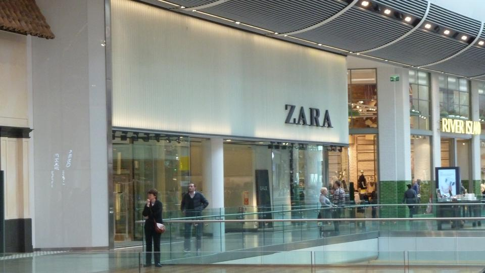 6cd0b456 Zara's pop-up store in London goes digital with click-and-collect ...
