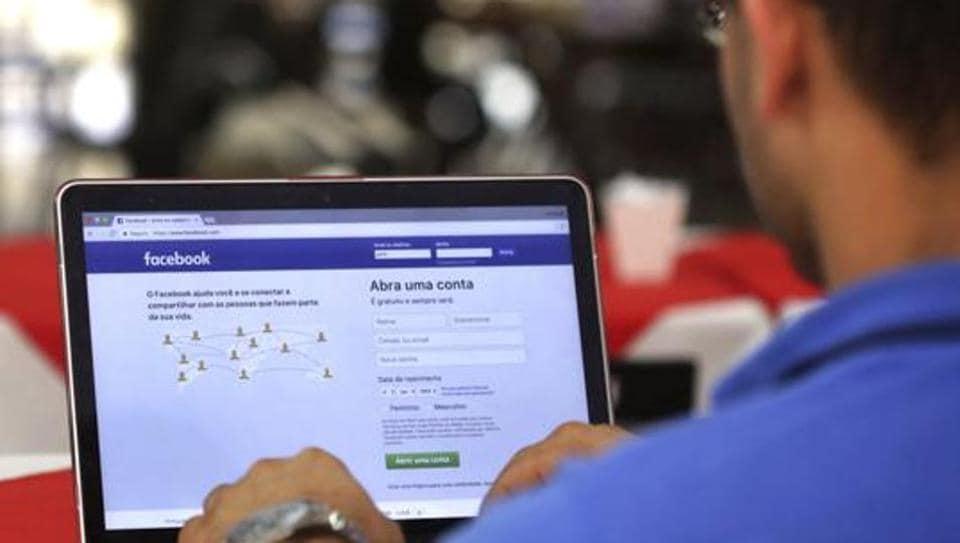 Facebook AI team teaching chatbots how to talk like humans