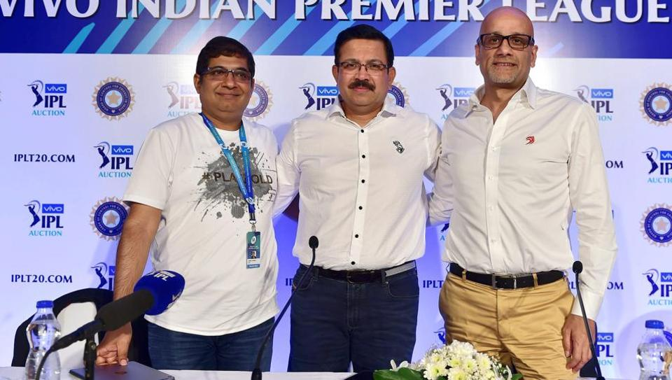 RCB Head Amrut Thomas(L), KKR CEO Venky Mysore and Delhi Daredevils CEO Hemant Dua (R) during a press conference on the second day of the IPL Auction 2018 at a hotel in Bengaluru on Sunday.