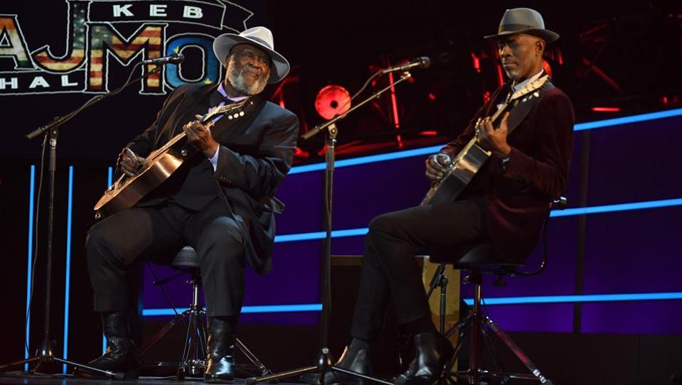 Among the night's other performances was that by Blues group, Taj Mahal during the pre-telecast show. (Timothy A. Clary / AFP)
