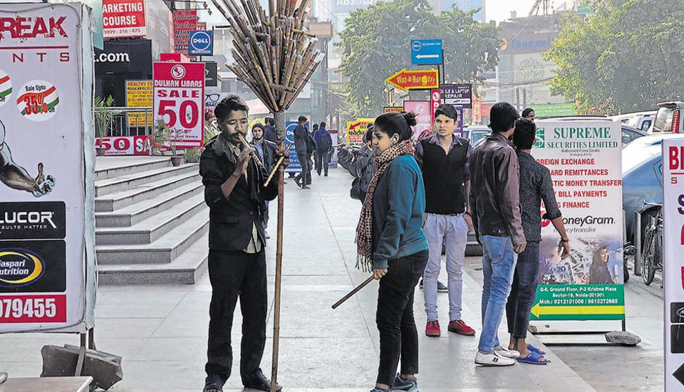 Delhiwale,Dilliwale,Noida Sector 18