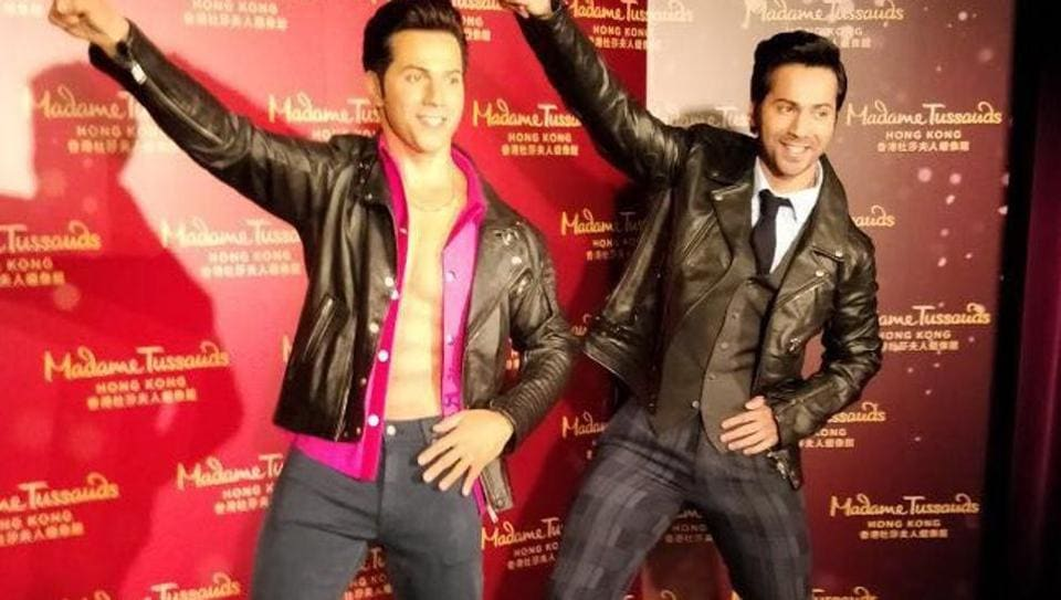 Varun Dhawan with his wax statute in Madam Tussauds, Hong Kong.