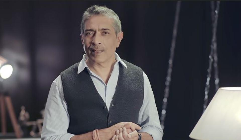 Filmmaker Prakash Jha will host the upcoming web show, Saare Jahan Se Achha.