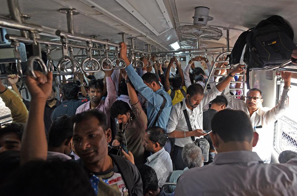 Mumbai,railways,Mumbai commuters