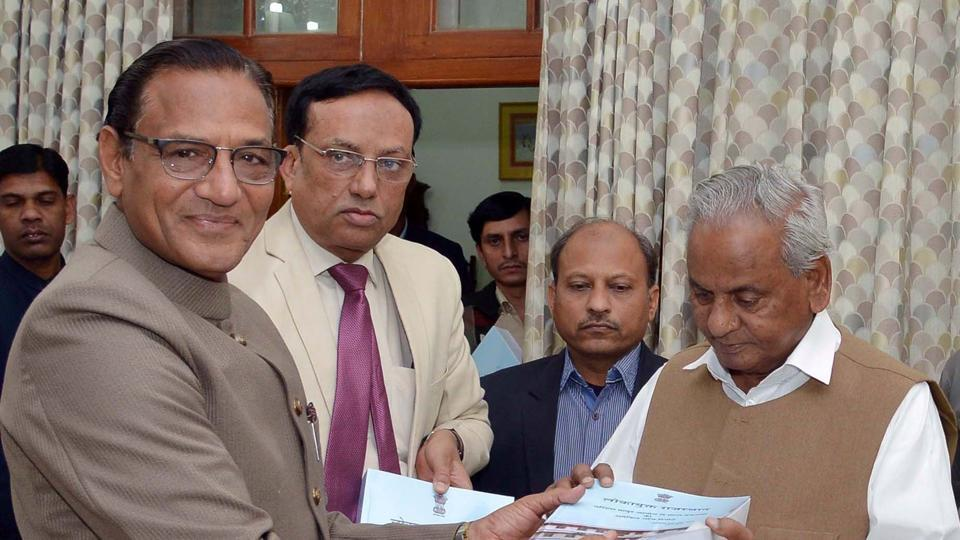 Lokayukta justice SS kothari submits probe report to Governor Kalyan Singh on Wednesday.