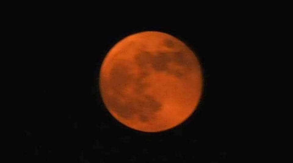 This time, however, spectators were able to witness a rare phenomenon, a combination of super moon, blue moon and eclipse (red moon) on Wednesday.