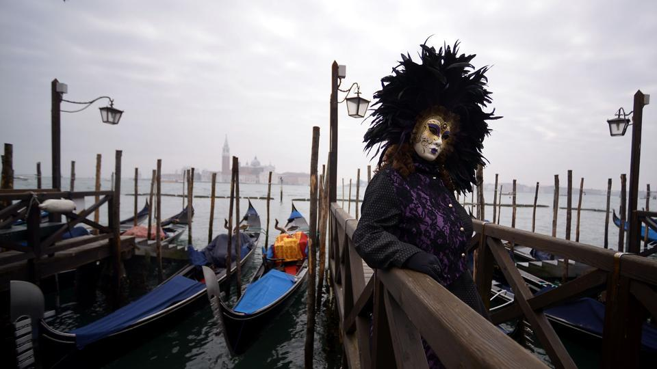 The festival was abandoned during the rule of the Holy Roman Emperor Francis II in 1797, and stayed so until 1980 when the government revived the carnival to promote Venetian history and culture. (Filippo Monteforte / AFP)
