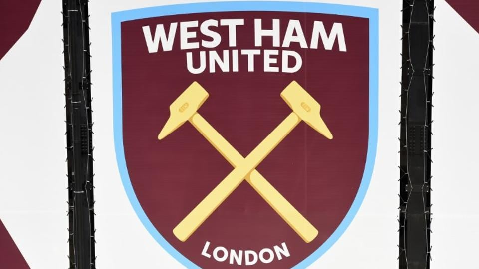 West Ham United suspend player recruitment head Tony Henry
