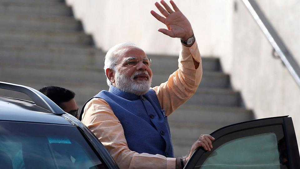 pm modi to address indian community in dubai  muscat on