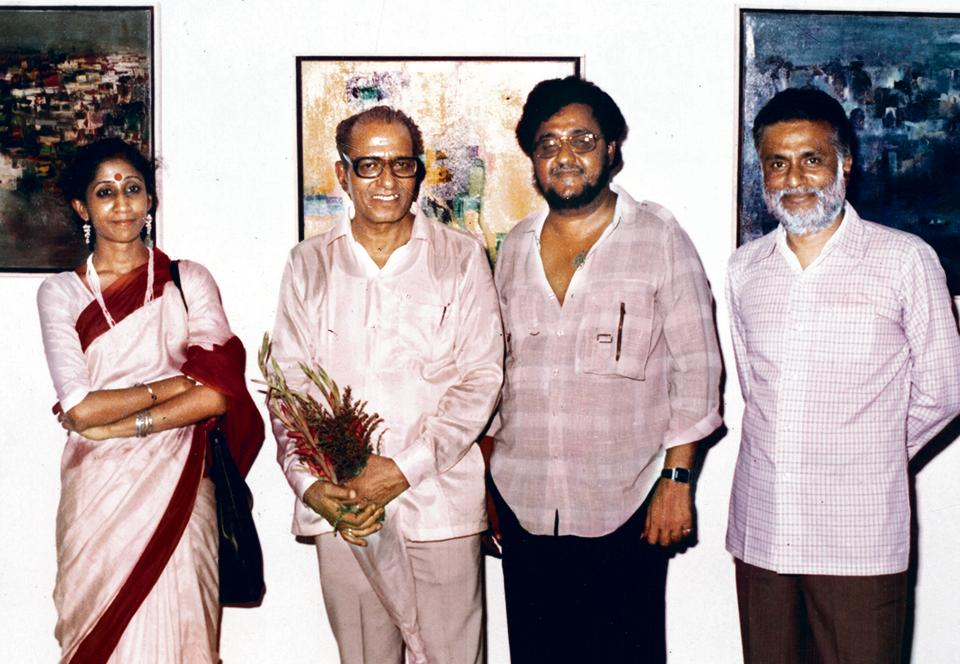 Malika Amar Shaikh with friends and her husband Marathi poet Namdeo Dhasal (third from left).