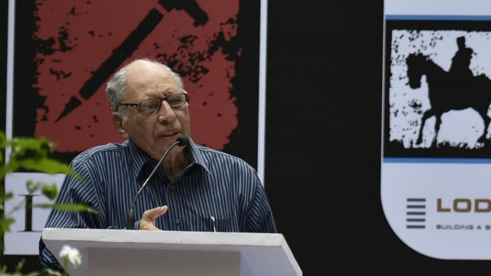 Celebrated Indian poet Keki Daruwalla at the Hindustan Times Kala Ghoda Arts Festival on Saturday.