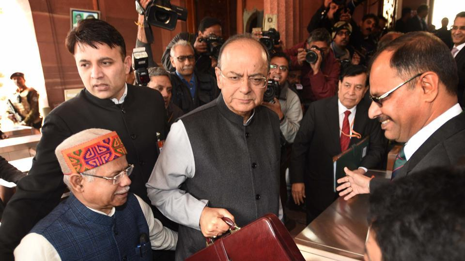 Finance minister Arun Jaitley arrives at Parliament House to present the Union Budget 2018-19 in New Delhi on February 1.