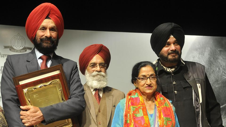 (From right) Tourism and culture minister Navjot Singh Sidhu, theatre artist Jatinder Kaur, Punjab Kala Parishad chairman and poet Surjit Patar, and writer Waryam Sandhu at the opening of the seven-day MS Randhawa Art and Literature Festival in Chandigarh on Friday.