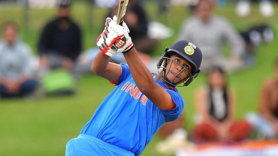 India's Manjot Kalra combined with skipper Prithvi Shaw, then later with Shubman Gill and Harvik Desai, as he led India's response with a composed knock. (AFP)