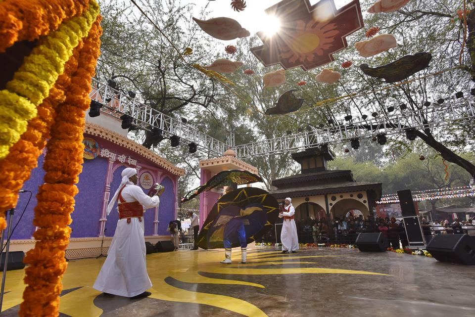 Artistes from Egypt perform at the Surajkund fair in Faridabad.