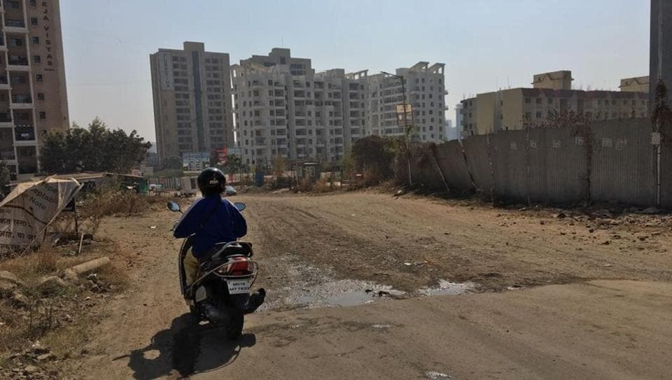 The society had sought details of the road construction from Raheja Vista to Ganga Kingston co-op housing society, wherein 10 specific questions were asked.