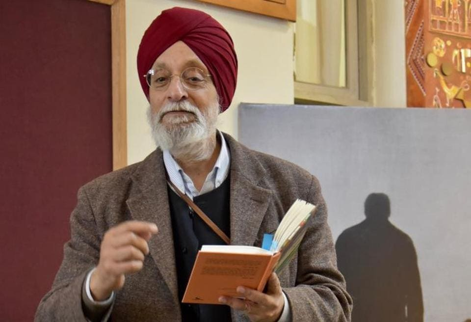 Poet Amarjit Chandan after the interaction at Punjab Kala Bhawan, Sector 16, in Chandigarh on Saturday.
