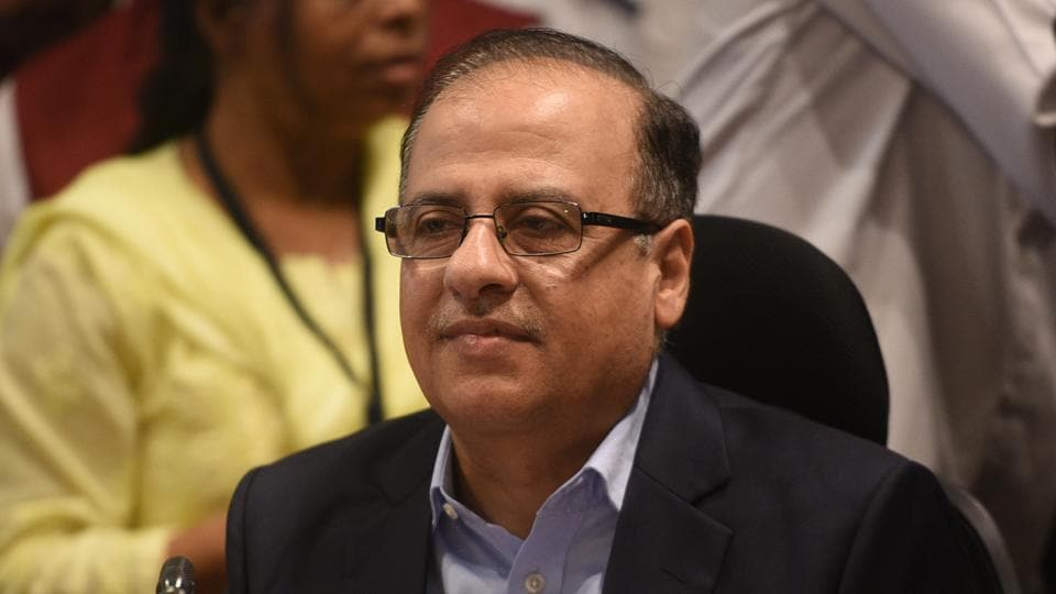Municipal commissioner Ajoy Mehta presented the 2018-19 BMC budget on Friday.