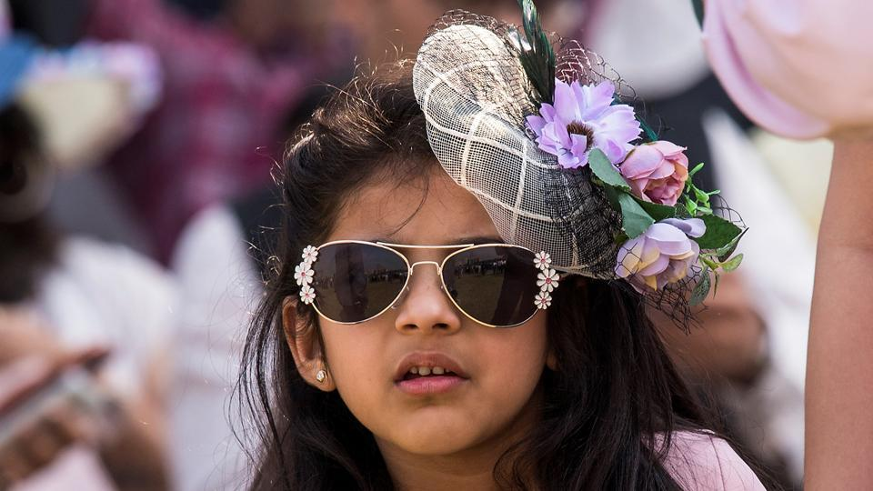 975f3c3defb A young girl chose to go floral for her visit to the races on Sunday at