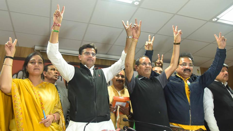 Rajasthan Congress president Sachin Pilot with leader of opposition Rameshwar Dudi celebrate the party's win in the bypolls.