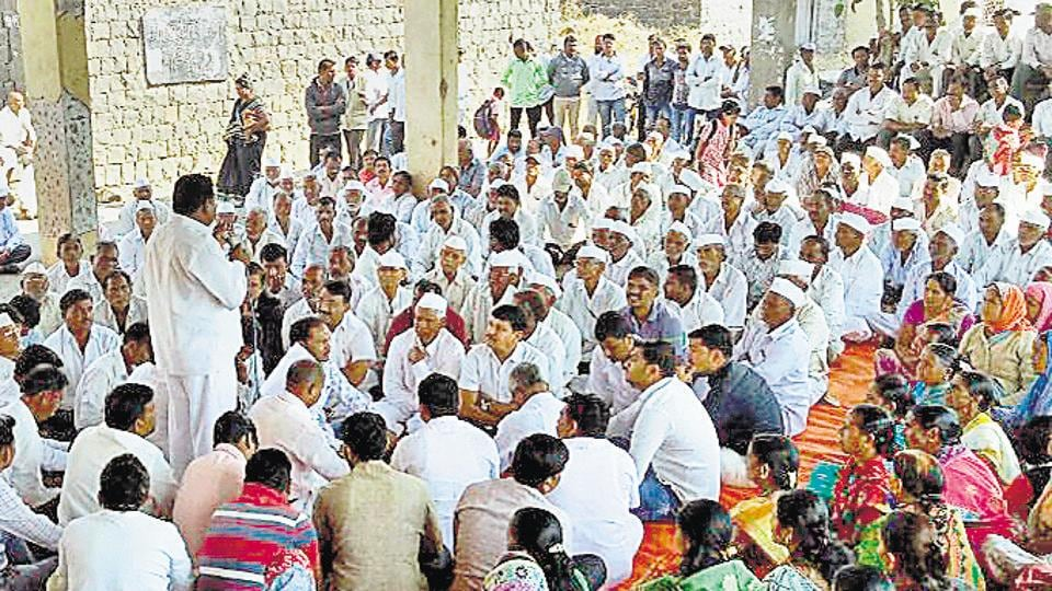 Farmers from Pargaon, Khanwadi, Ekhatpur, Kumbharvalan, Vanpuri and Udachiwadi, who will lose their lands to the international airport plan, stage a protest in Saswad on Monday.