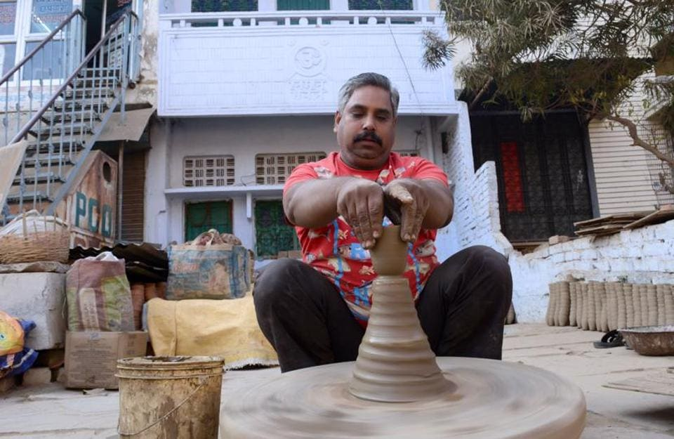 Pottery,Traditional business,Uttar Pradesh