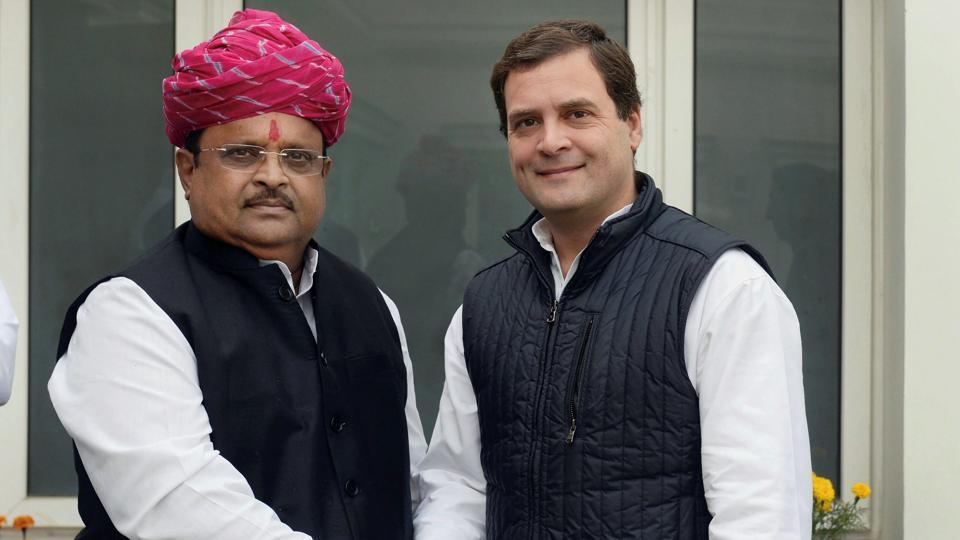 Congress president Rahul Gandhi with newly elected party MP Raghu Sharma in New Delhi on Monday.