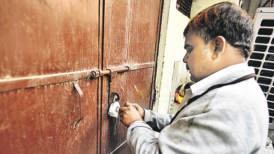 Sealing: Traders body writes to LG, objects to some proposals by DDA