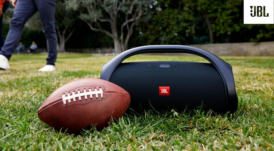 JBL Boombox Bluetooth speaker weighs over 5  kg and is almost 20 inches long