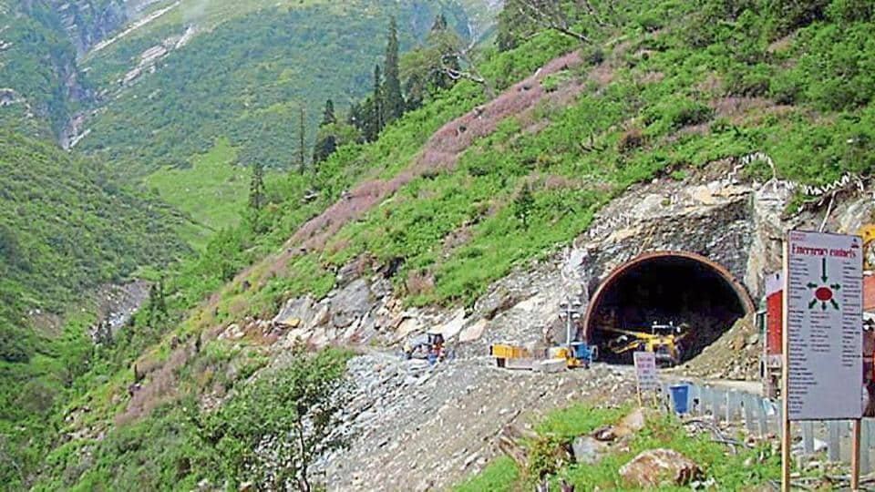 BRO to the rescue, gets polio drops to children through Rohtang tunnel .