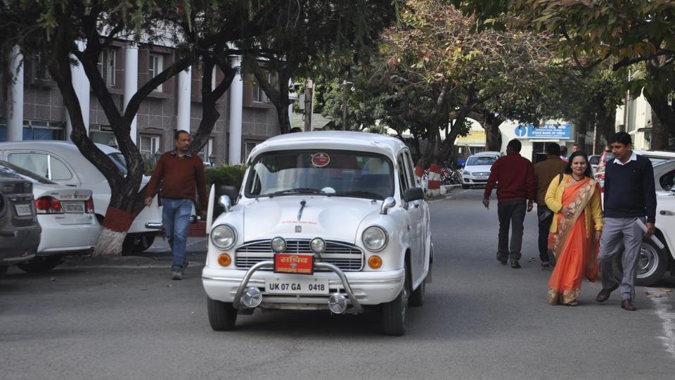 A car at the secretariat in Dehradun.