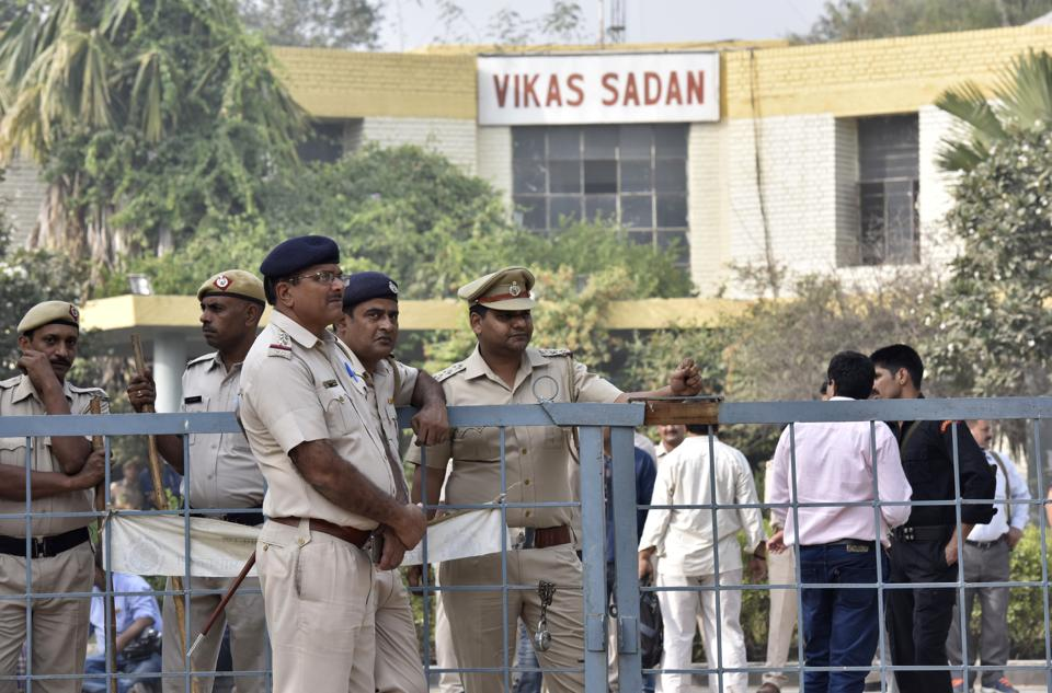 Last seen theory led to conviction,Two juveniles apprehedned by the Gurgaon police,Juveniles involved in murder of a student