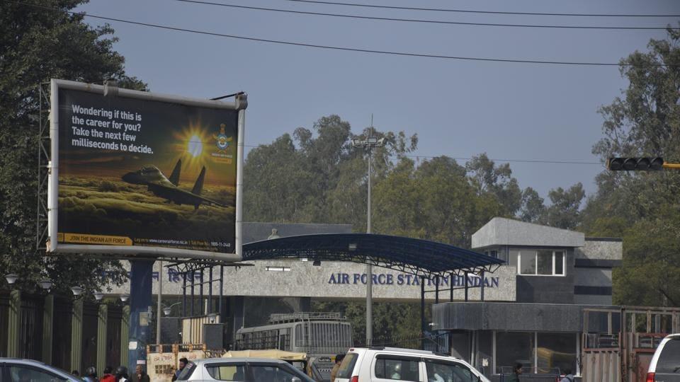 Hindon airbase,regional connectivity scheme,Delhi airport