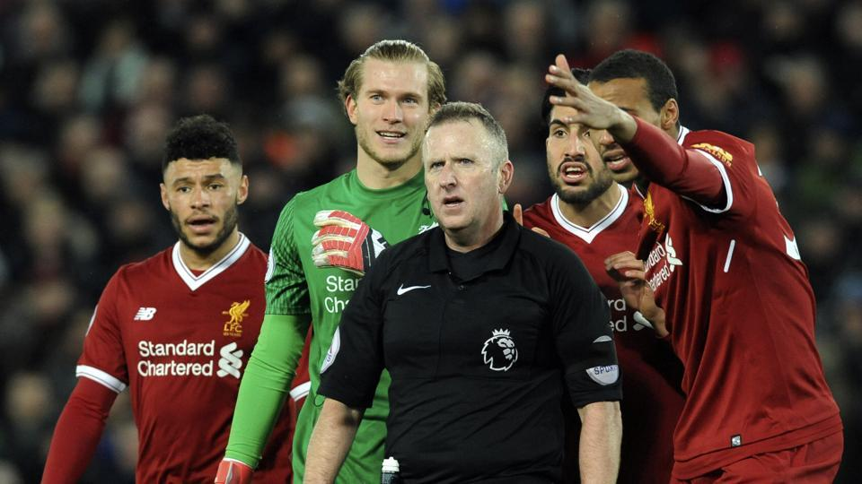 The Premier League game between Liverpool and Tottenham Hotspur saw players being booked for diving.